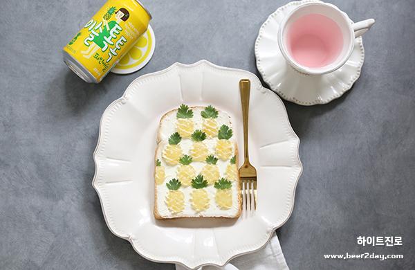 토스트의 화려한 변신! <br> 이슬톡톡 과일 토스트 아트