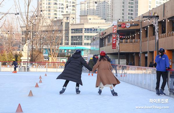 겨울 이색 데이트코스 <br> 서초 아이스링크장